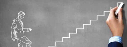 Лестница из мелка на доске