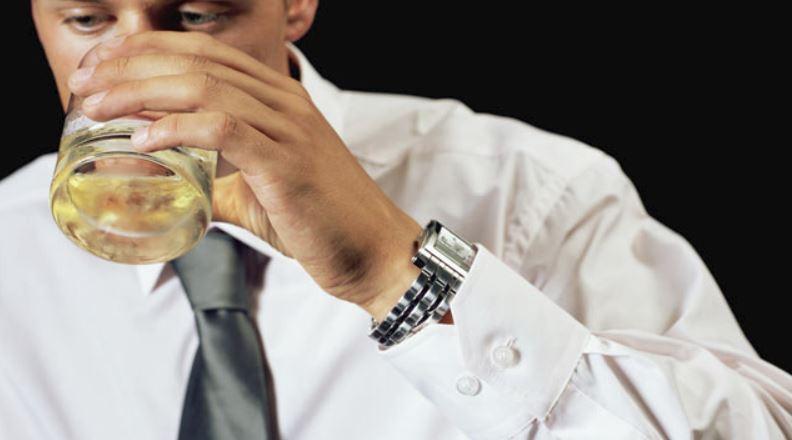 Если мужчина пьет